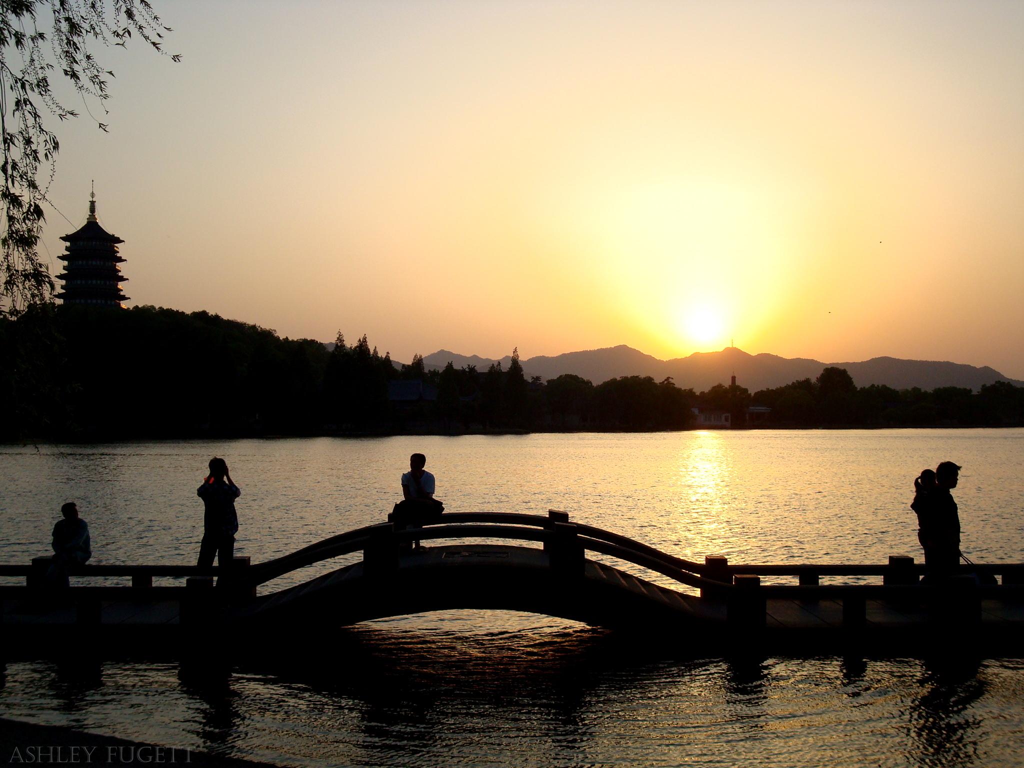 Resultado de imagem para wallpaper hangzhou